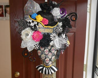 Reserved for Rilda Only!!   Halloween day of the dead, sugar skull, Mrs. Catrina, hat and body, Door Wreath, Wall Wreath, Skeleton Wreath, o