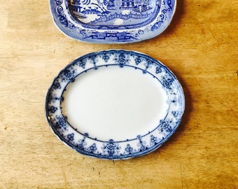 Antique Blue and white Serving plate c1898-1905