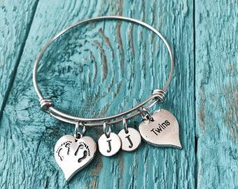 Mother of twins bracelet, Mom of twins bracelet, Grandma of twins bracelet, Birth announcement, twin bracelet, New Mom, Twins Memorial