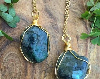 Raw Emerald Wire Wrapped Pendant // Gold Wire Wrap Emerald Pendant // Crystal Healing Pendant Necklace