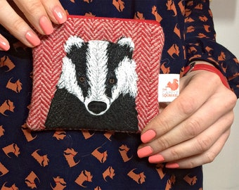 Badger purse  - badger coin purse - brock purse - badger zip purse - red Harris Tweed purse - embroidered badger purse - Scottish gift