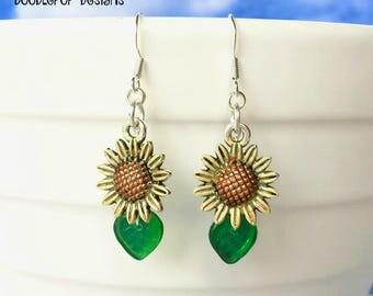 Yellow sunflower Earrings - Sunflower jewellery - Gift for gardener - Gardening gift - Flower earrings - Charm earrings - Stocking filler