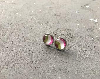 Geometry stud earrings in green and pink colors by CuteBirdie