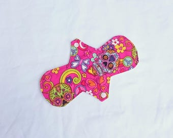 """9"""" Reusable Cloth Pad with PUL - use with a Cup or as a Light/Moderate pad"""