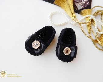 Baby Booties, Baby Shoes, Baby Slippers Chanel. Baby summer shoes Chanel by Valentina Shirokovskikh. Chanel Baby Shoes. Baby booties Chanel
