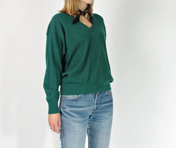 SALE! 80s Emerald green lambswool pullover made in Italy / size M-L