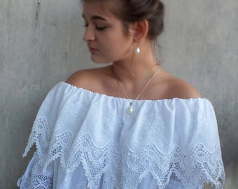 Bohemain lace tunic blouse Premonition tenderness Embroidery Organic cotton Gypsy gowns Designer clothing Hippi style  White embroidery
