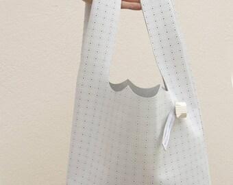 Sac à main épaule, sac en véritable cuir blanc perforé + pochette assortie, sac à main fabriqué en France par Clafoutisdesign