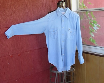 "Vintage 1970s Wrangler blue shirt top cowboy white snaps brown stitches 44"" chest Made in U.S.A. (9917)"