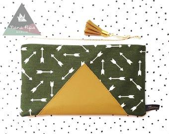 Zipper Pouch / Etui / Make Up Bag / Pencil Case : Arrows Olive Green, Faux Leather, Tassel