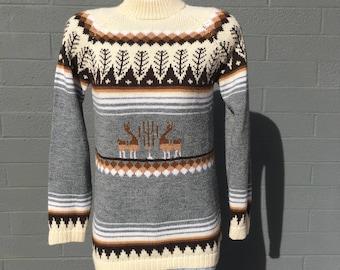 Medium Peruvian Alpaca Llama sweater Ladies Cream Brown Gray Acrylic Mock Turtleneck M Seventies Eighties