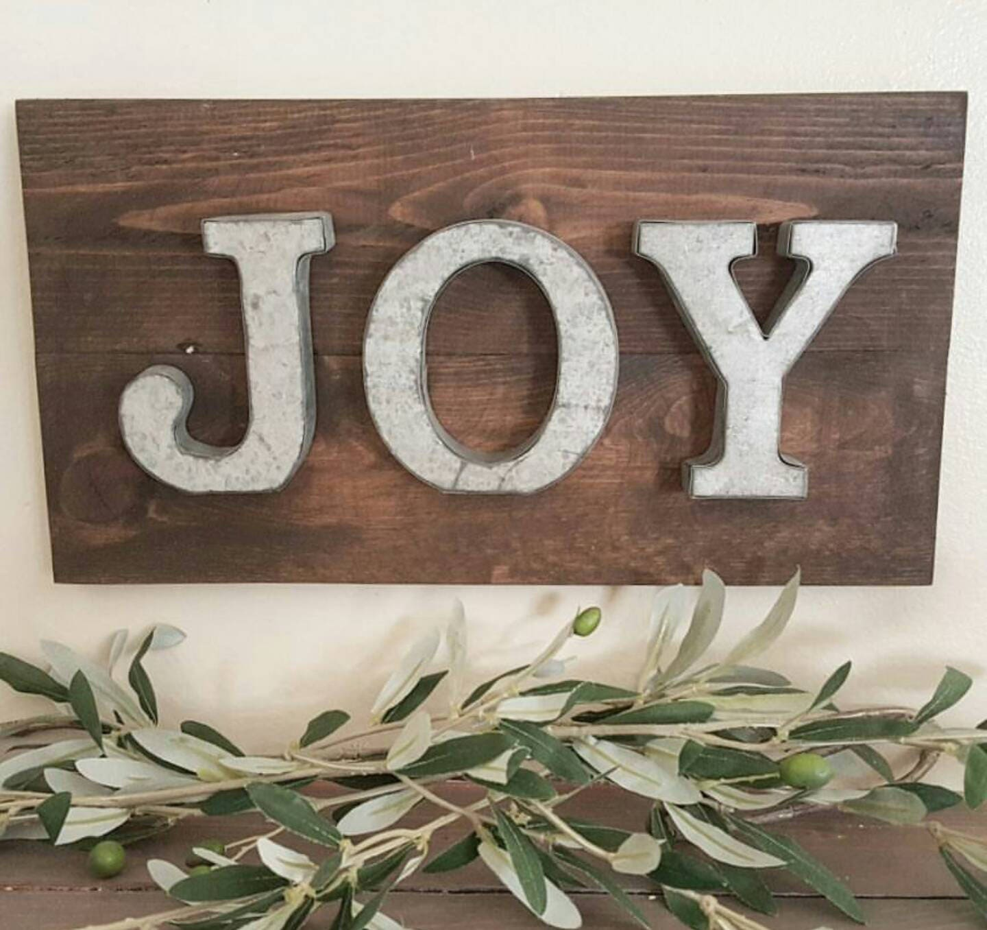 joy sign mantel decor wall decor shelf decor. Black Bedroom Furniture Sets. Home Design Ideas