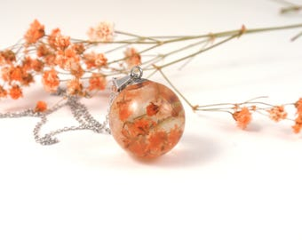 Real Flower sphere necklace, Resin jewelry, Botanical jewelry, resin necklace, Pressed flower pendant, Orb Flower Necklace, Orange flower