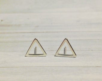 Triangle Stud Earrings, 10mm Shiny Silver Triangle Earrings, Modern Minimalist, Abstract Triangle Earrings, Triangle Jewelry, Silver Earring