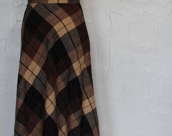 Vintage 1970s Brown High Waisted Plaid Skirt
