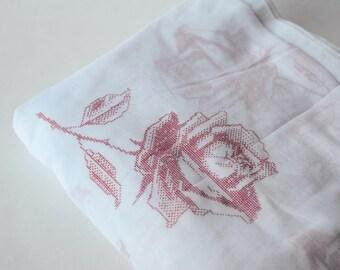 BTY 1940s - 50s Sheer Flocked Roses Cotton Netting Red White- 138-L5