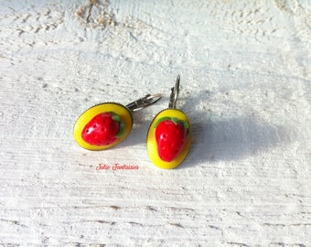 "Of greedy earrings ""Small strawberries"" polymer clay"
