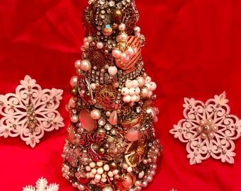 Noel Vintage jeweled christmas tree