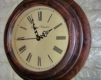 Modern Wall clock round D29cm alder+birch