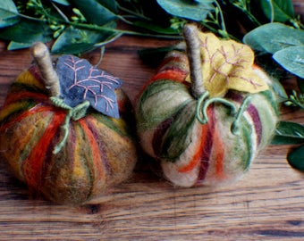 Felted Pumpkins, Ready to Ship, Wool Pumpkins, Fall Autumn Decor, Harvest Ornaments, Thanksgiving, Halloween Decoration, Set of 2