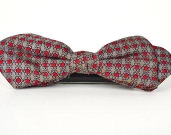 Men's Vintage 1950s Ormond Rare Classic Diamond Point Red Beige Floral Print Clip On Bowtie