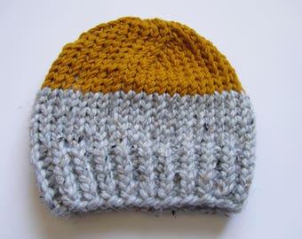Classic colorblock beanie // classic beanie // colorblock beanie // toque // winter hat // knit hat
