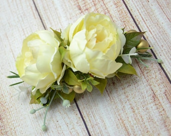 Birthday gift|for|her Flower comb Ivory hair comb Ivory hair piece Wedding comb Bridal hair comb Summer wedding Ivory Bridesmaid flower comb