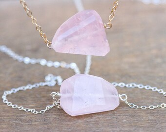 Rose Quartz Necklace - Silver or Gold Raw Rose Quartz Necklace - Gift for Wife- Gift for Her - Rose Quartz Pendant - Healing Necklace