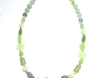 Collier mi long green glass beads