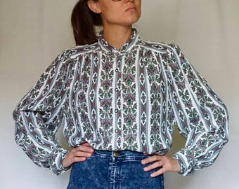 VINTAGE 90 printed shirt//pleated//Camisa estampada// S size