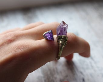 Unusual amethyst ring, two crystals ring, witch ring, gemstone ring, amethyst ring, witch jewelry
