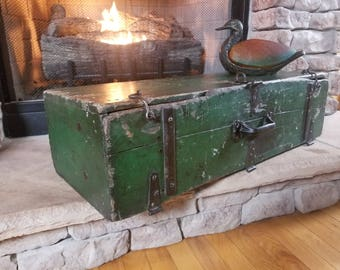 Rustic Antique Green Carpenter's Toolbox Probably Made in late 1800's to Early 1900's  Handmade