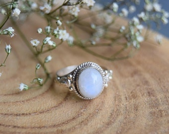 Moonstone Ring, Sterling Silver Ring, Boho Ring, Size 7 ring, Moonstone, Gemstone Ring, Moonstone Jewelry, Gift for women, Handmade Ring