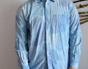 Hipster shirt 1990s 1980s vintage mens blue cottons long sleeve shirt with abstract print