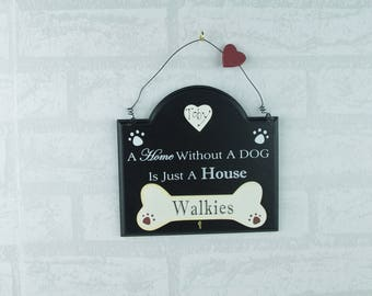 Personalised Dog Lead Keys Hook Rack Walkies A House Without a Dog Black F1721/C