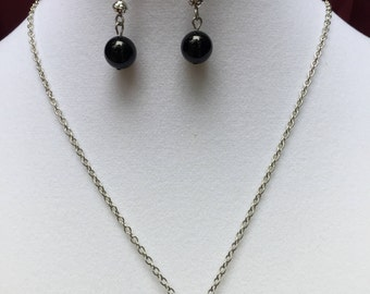 Black Beaded Cluster Necklace and Earring Set
