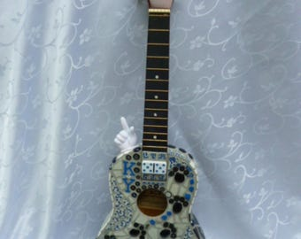 UK Kentucky Wildcats Mosaic Guitar