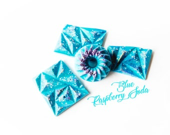 Blue Raspberry Soda Wax Melts (5.8 Oz) - Hand Poured Wax - Soda Scented - Blue Raspberry - Wax Melts - Handmade Wax Melts - Glitter Wax Melt
