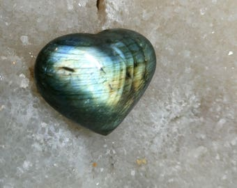 Blue Green Labradorite 34,42 Gr-heart