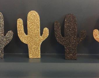 Cactus brooch