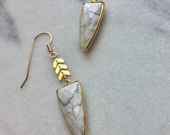 Saranya Earrings - Howlite & Gold