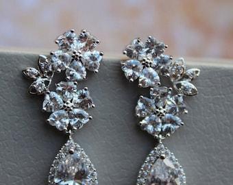 ON SALE   Bridal Earrings, Crystal Earrings, Wedding Earrings  ,Flower Earrings, Crystal Teardrop Earrings ,Wedding Bridal Jewelry