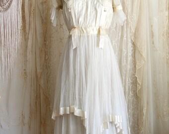 Antique Dress / Edwardian  / Victorian / Bridal / Wedding Gown / Lace / Bridesmaid Dress / Size S