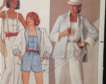 Butterick 6460 - 1980s Loose Fitting Reversible Jacket and Jumpsuit in Mini or Pants Length - Size 8 Bust 31.5