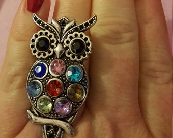 Owl ring with colored stones