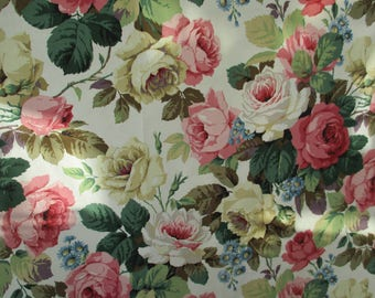 "VINTAGE SANDERSON interiors cotton with a super design of Big ""Blousy"" Roses"