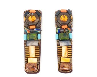 1 Pair of sewn-in brown stones & coloured beads sandal/shoe decoration/embellishment, shoemaking decoration