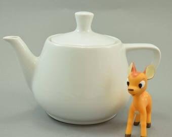 Traditional Vintage Melitta tea pot tea jug Mid Century Germany, retro Kitchen, white