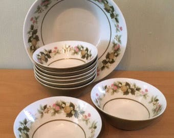 Sweet vintage set of Mikasa Eclipse Sumay / Tawny Green 1 serving bowl & 9 side bowls for berries and cream perfect for Old Florida home!