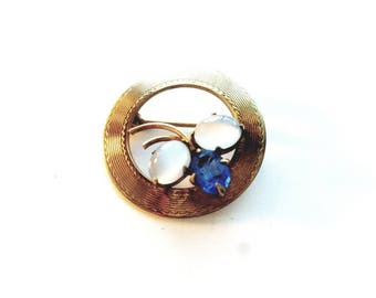 Vintage 1/20 12K GMS GF Wreath with Blue Crystal Rhinestones and Moonstone Pin Brooch